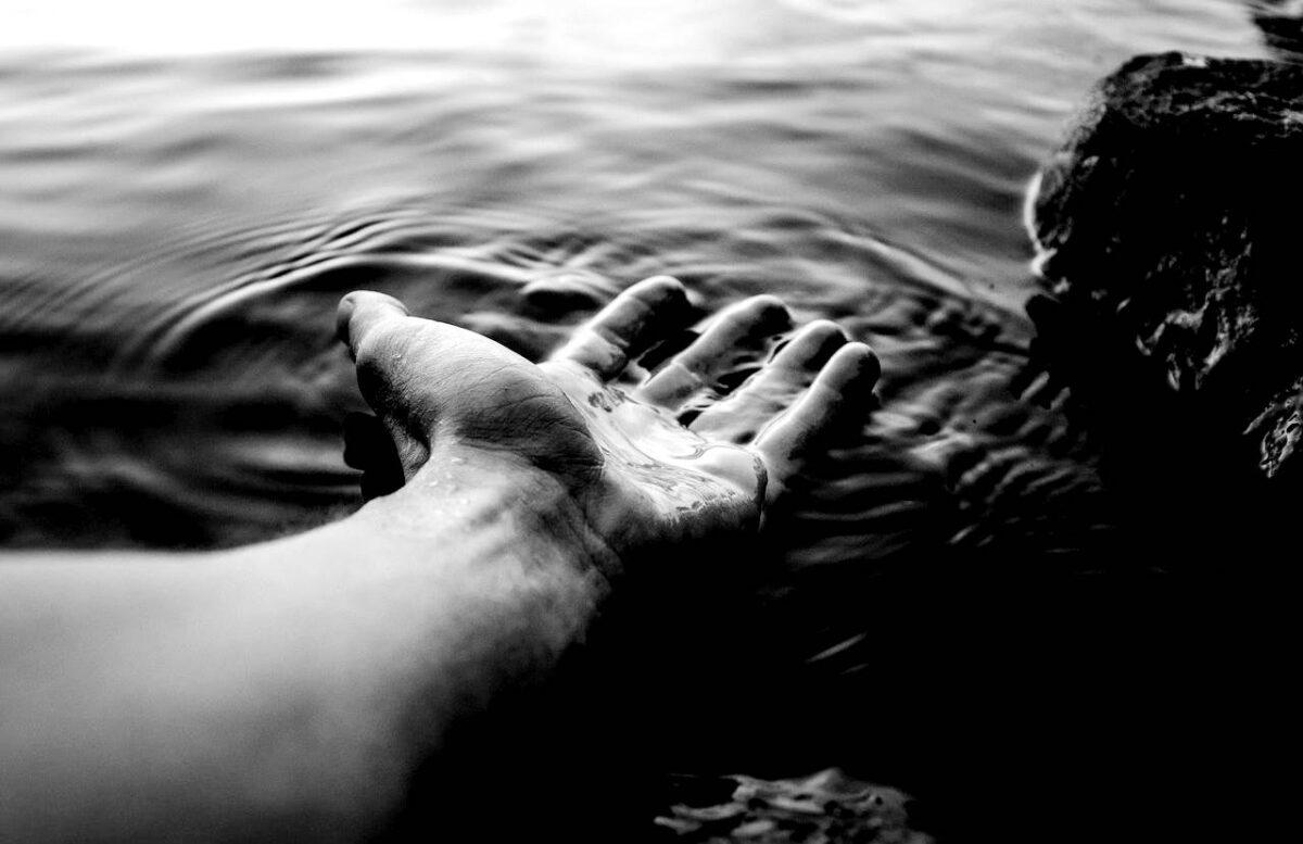 Hála istennek kormánybiztos meg törzs van, tó viszont nem lesz! - Mi volna, ha választanának egy olyan miniszterelnökhelyettest, aki nem vadászni, hanem fürödni szeret?