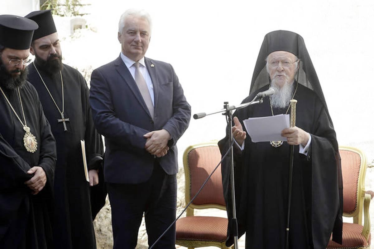 """1701 görög ortodox hívőnek építünk templomot - I. Bartolomaiosz és Semjén Zsolt """"alapkőletettek"""""""