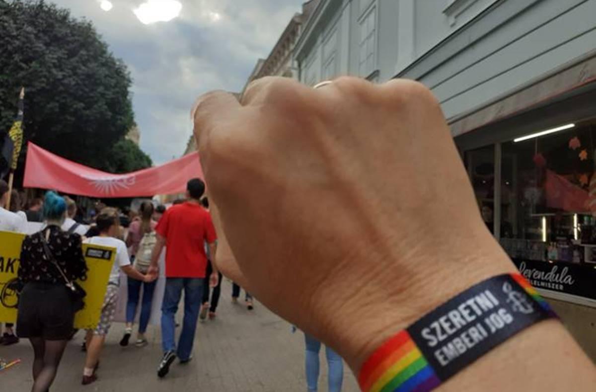 """A pécsi közgyűlésben újabb felvonásához érkezett a """"Pride"""" című tragikomédia"""