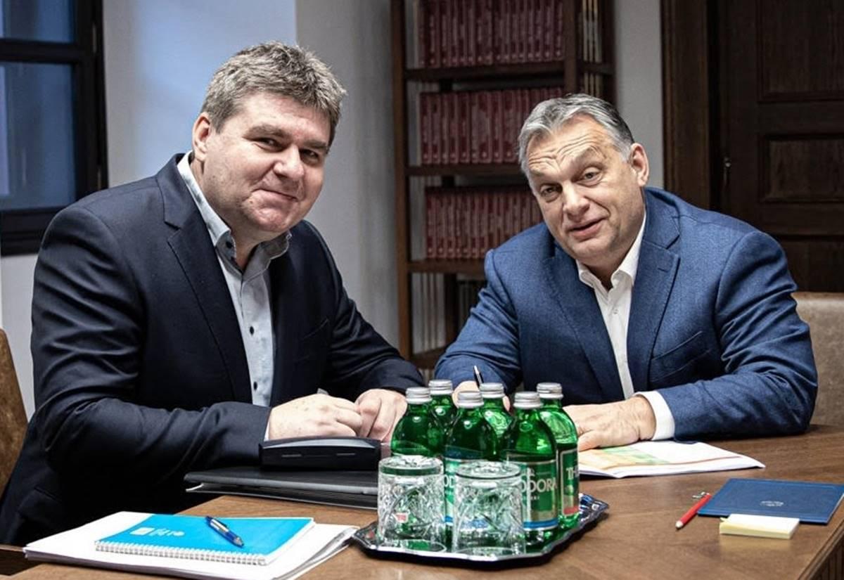 """A Mentelmi Bizottság nevéhez méltón mentegeti Varga Gábor """"ő kutyájuk kölkét"""""""